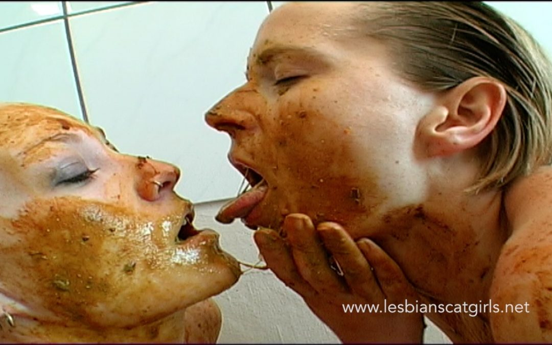Two Scat Lesbians in the Bathroom – Scene